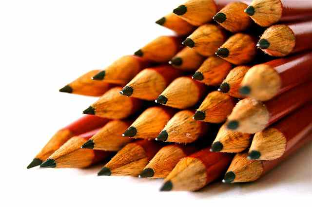 lead scoring - stack of pencils